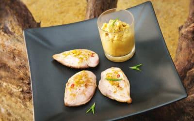 """Filet de caille confit de merguez, poivrons rouges & baies roses. mariné aux épices, """"tajine """" & marmelade de pois chiches"""