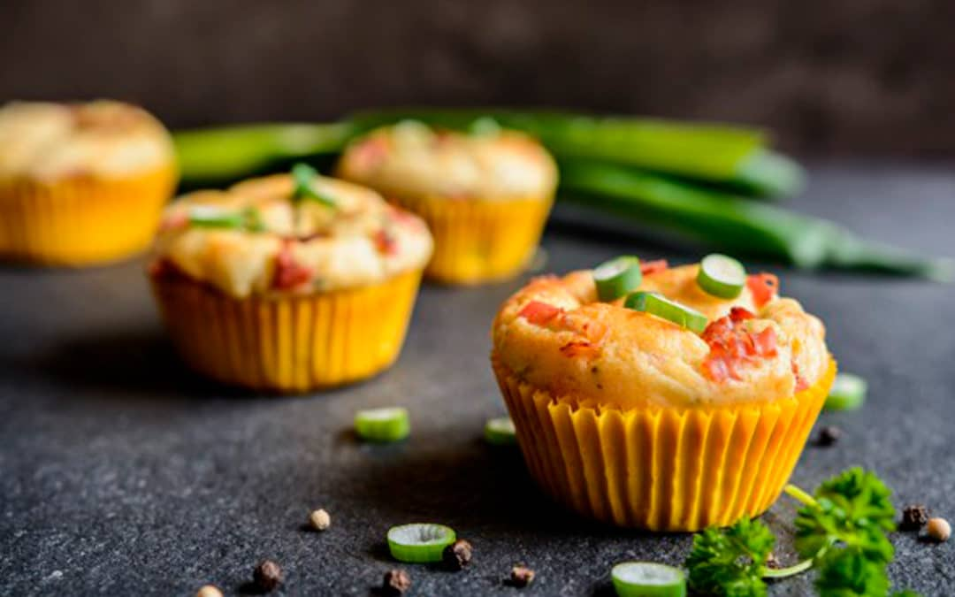 Anjou Rouge - Mini-muffins oignons-lardons